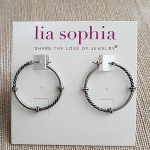 "LIA SOPHIA - ""BALANCE"" hoop earrings"